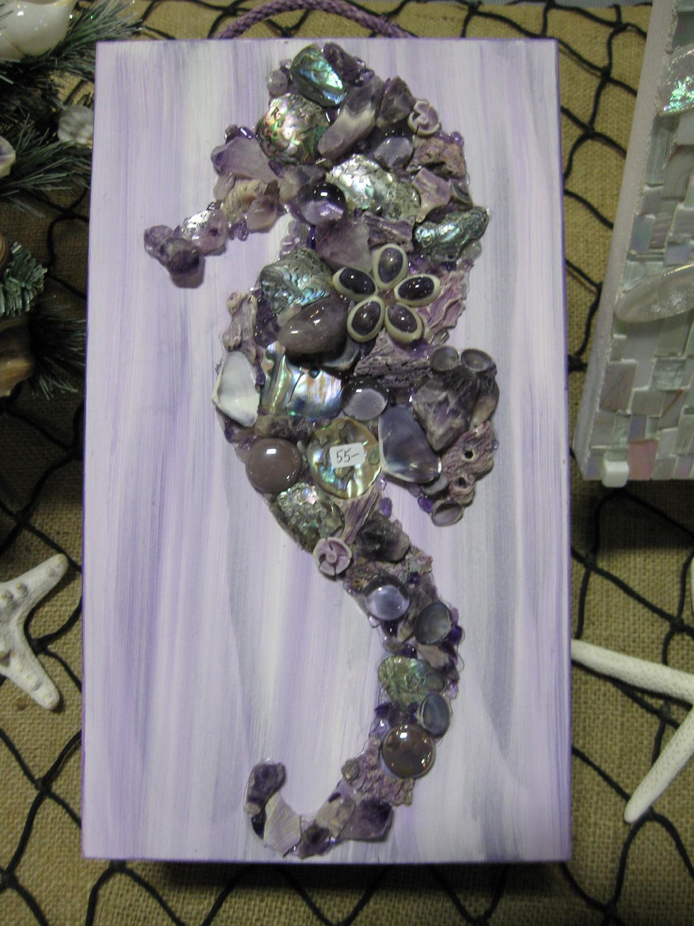 violet-seahorse-box